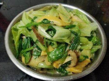 蚝油螺片冬菇炒生菜