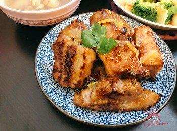 [家常小菜] 柚子蒜香骨