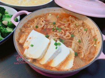 [15分钟快手煮] 韩式泡菜猪腩片煲