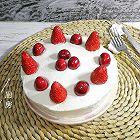樱桃草莓蛋糕