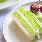 冰淇淋抹茶慕斯双色蛋糕