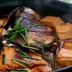 刷锅鱼头豆腐汤