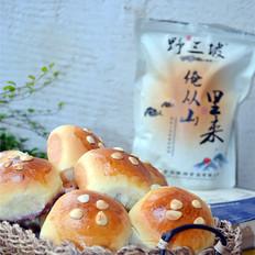 杏仁酸奶餐包