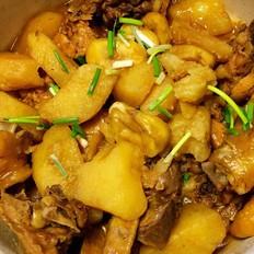 土豆板栗烧鸡块