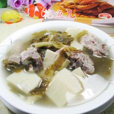 雪菜冬笋龙骨汤