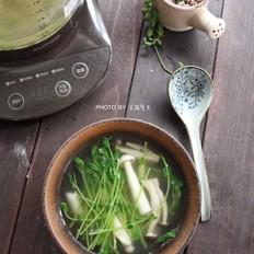 菌菇豆苗汤