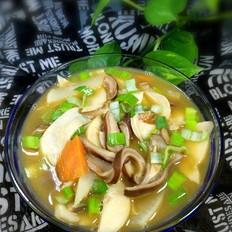 鲍菇肚丝萝卜汤