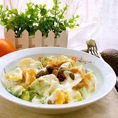 牛油果酸奶沙拉