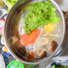 浓汤菌菇袖珍锅