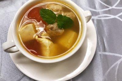 番茄肉丸豆腐开胃汤