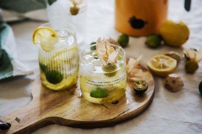 灯笼果皮柠檬水