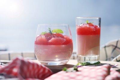 西瓜酸奶慕斯杯