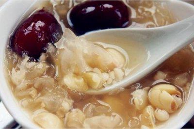 学生祛痘食物_薏米芡实粥