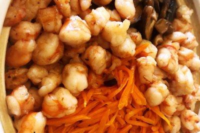 韩式海鲜拌饭