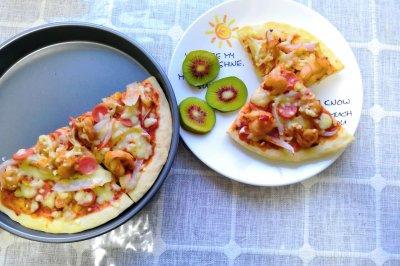 火腿肠鲜虾披萨