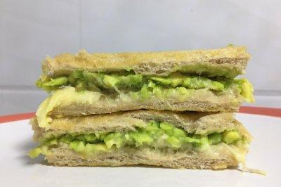牛油果榴莲三明治