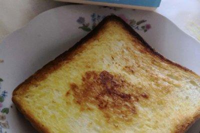 快速早餐面包片煎蛋