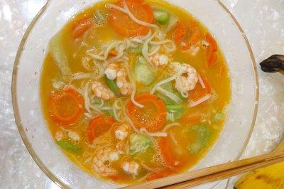 虾仁蔬菜面
