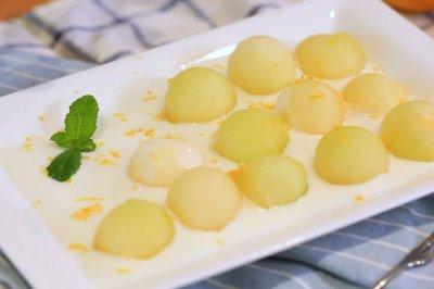 香瓜酸奶沙拉迷迭香