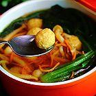 蔬菜菌菇丸子汤