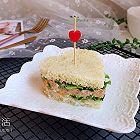 金枪鱼爱心三明治