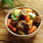 牛肉烧土豆胡萝卜