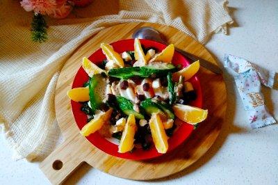 主食沙拉藜麦果蔬鸡蛋沙拉