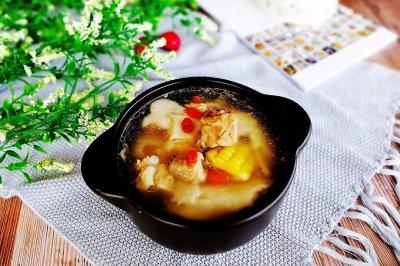 椰肉玉米排骨煲