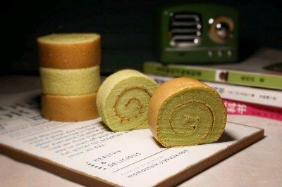 椰香斑斓蛋糕卷