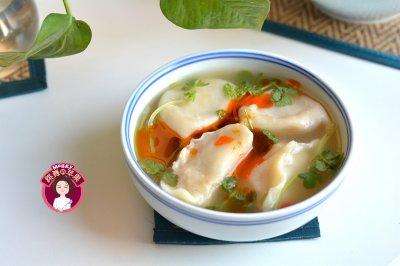 猪肉白菜酸辣汤饺