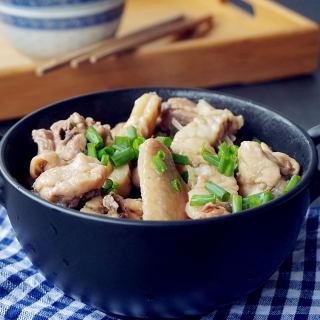 脆肉鲩鱼骨焖鸡