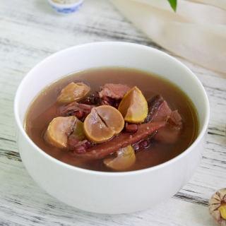 栗子香菇红豆鸡汤