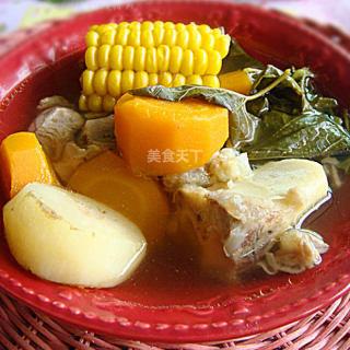 祛火排毒桑叶胡萝卜玉米猪骨汤
