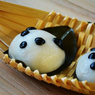 四川熊猫版叶儿粑