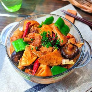 经典下饭菜黄焖鸡