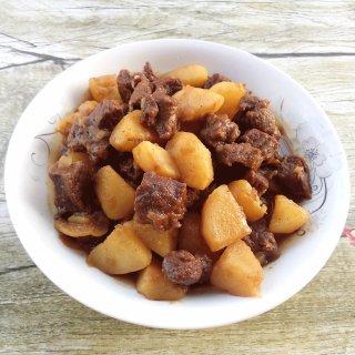 土豆焖牛肉