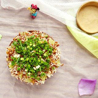 坛子肉蒸红米饭