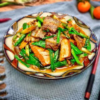 豆腐干回锅肉