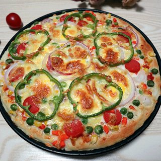 鲜蔬什锦披萨