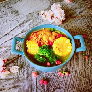 虫草花玉米大骨汤