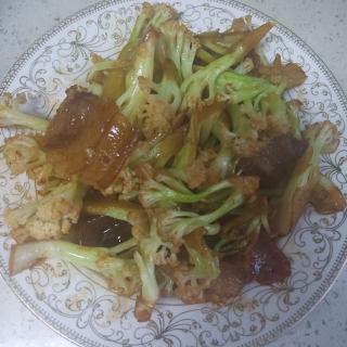 咸肉炒菜花