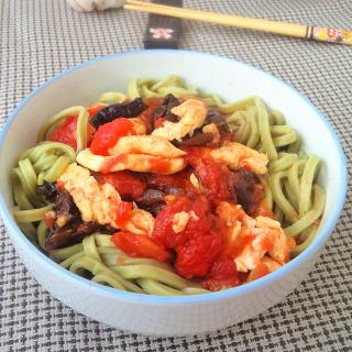 西红柿木耳菠菜面