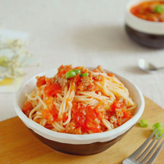 中式茄汁肉酱面