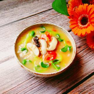 香菇豆苗大米粥