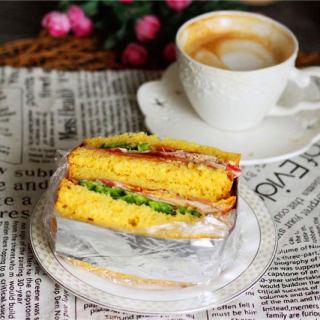 金灿灿的三明治