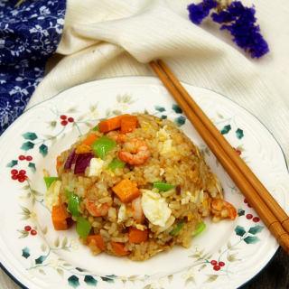 特色海鲜炒饭