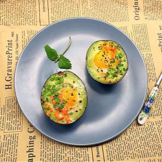 牛油果太阳蛋