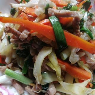 青椒泡菜炒肉丝