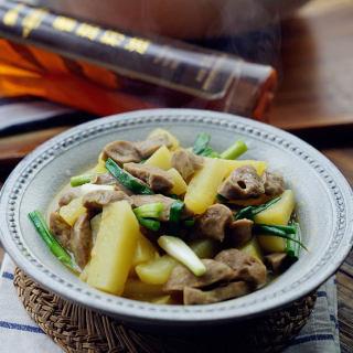 咖喱土豆牛肉丸