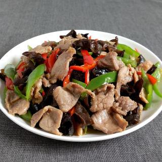 双椒木耳炒肉片